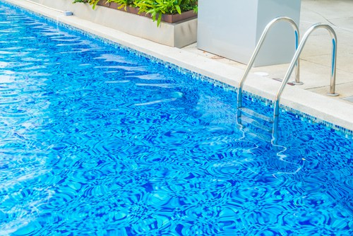 Importance And Guide To Cleaning Your Swimming Pool ...