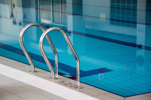 Do We Need to Change Swimming Pool's Water?